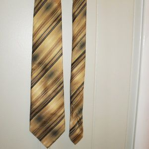 croft & barrow Gold and Black Stripped Neck Tie
